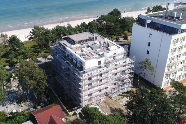 Hausbau mit Fassadengerüst von Insel-Gerüstbau im Ostseebad Binz auf Rügen