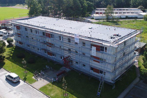 Wohnhausbau in Binz mit den Gerüsten vom Meisterbetrieb Insel-Gerüstbau Rügen